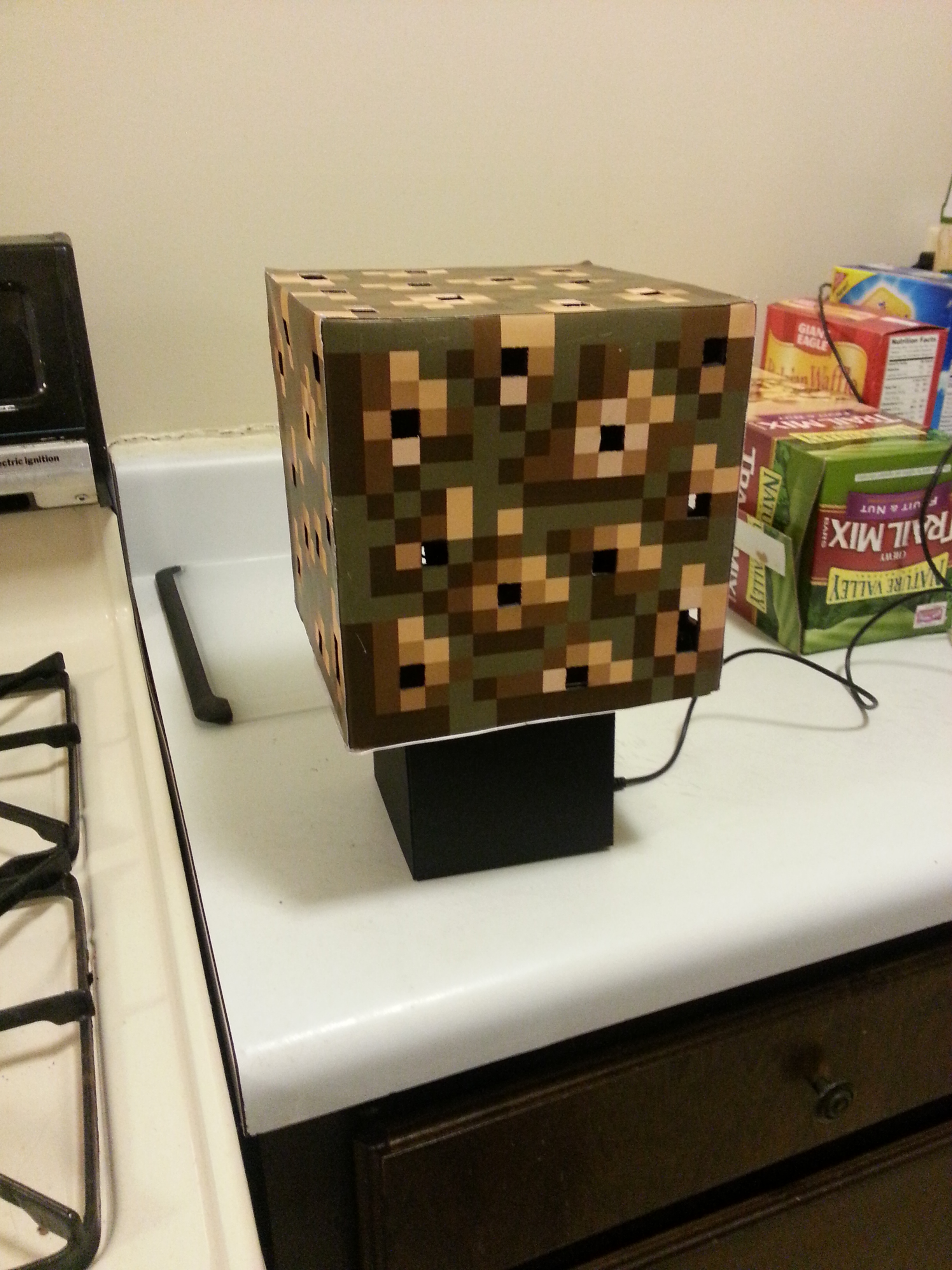 Minecraft Glowstone Cube Lamp
