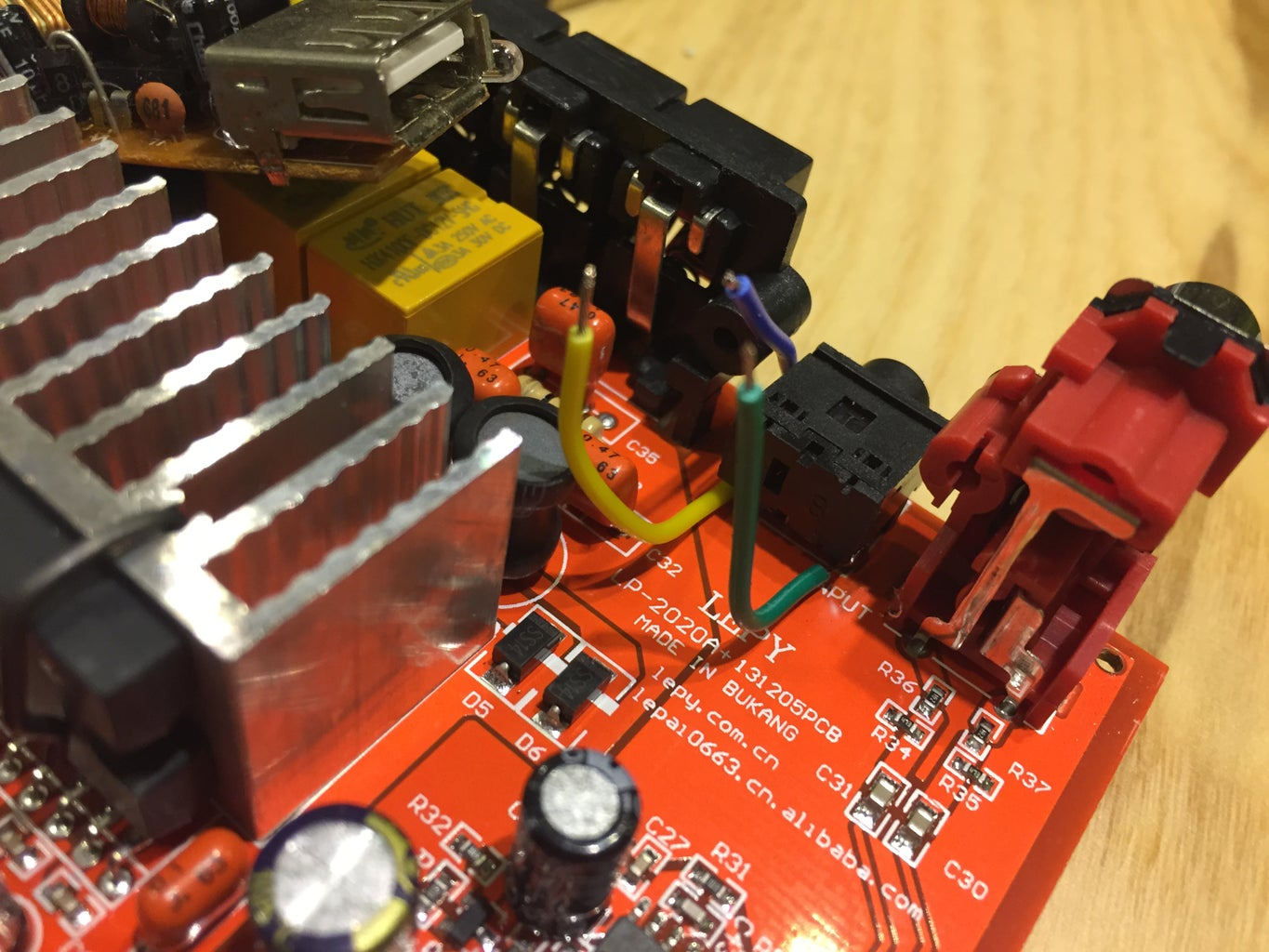 Solder Wires to Amp
