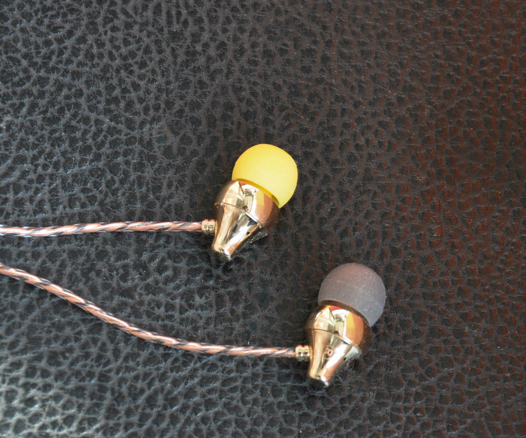 """Build an """"Aladdin's Lamp"""", Gold Plated Copper In-ear Earphone"""