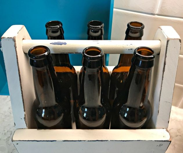 Vintage Style Wooden DIY Beer Caddy
