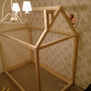 House-shaped Kid's Bed