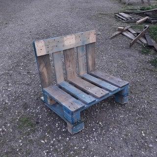 A Pallet  =  a Bench