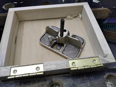 Fitting the Hinges