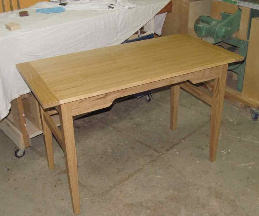 Quick Writing Desk in the Shaker Style