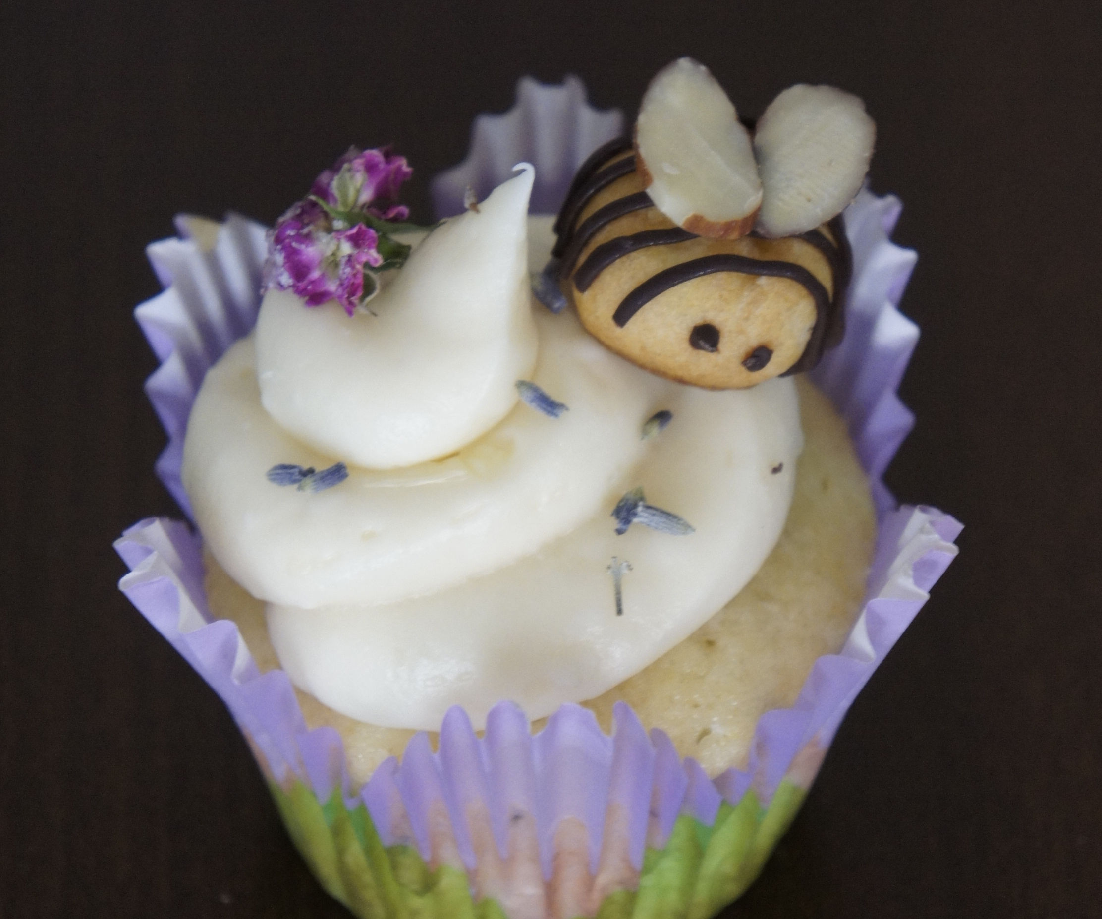 Lemon-Lavender Cupcakes w/ Honey Frosting & Cream Puff Bees