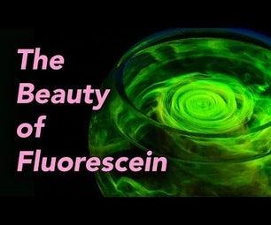 DIYbama-The Beauty of Fluorescein (Magic Glow Water)