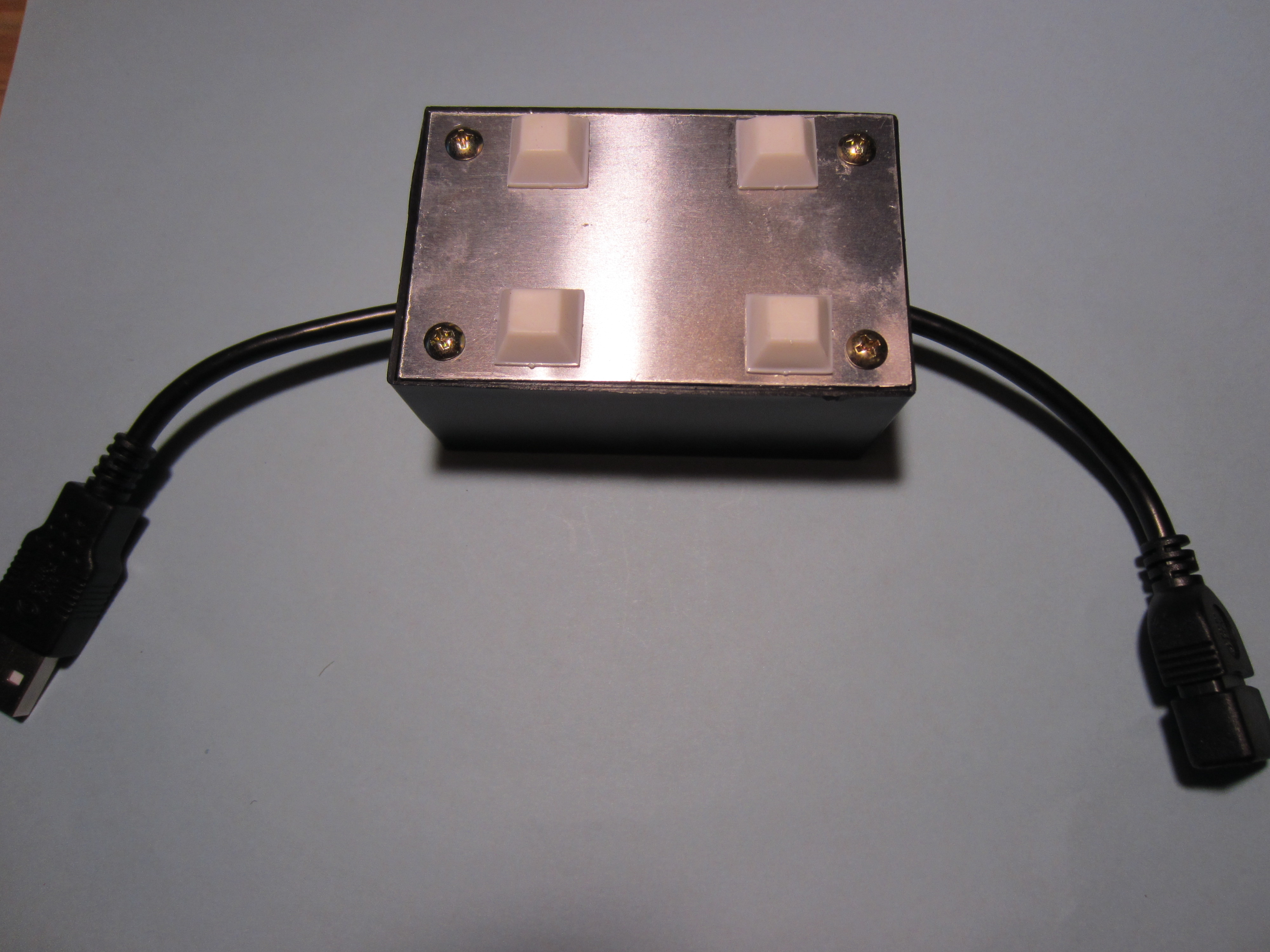 Picture of Assemble Apple Charging Adapter