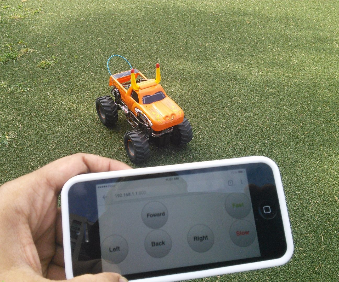 Toy Truck Powered by Raspberry Pi