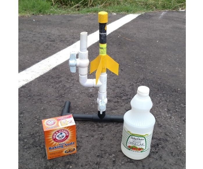 PVC Rocket with Vinegar and Baking Soda Fuel