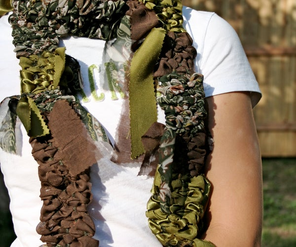 How to Make a Loom & Weave a Fabric Scarf