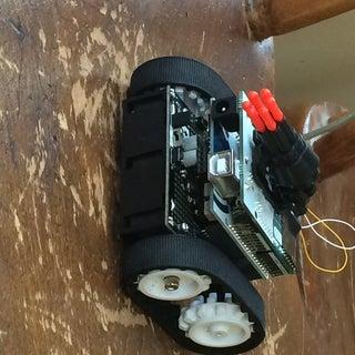 Smartphone Controlled Arduino Tank Using Annikken Andee