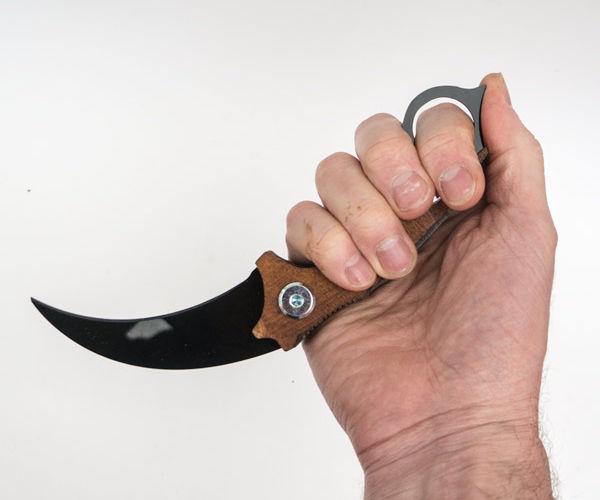 Cosplay Karambit Knife