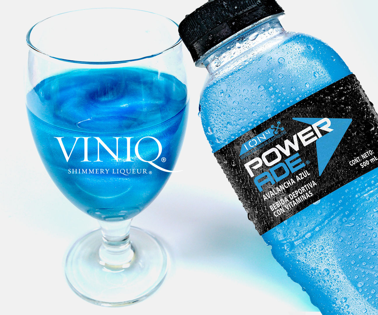 DIY VINIQ SPARKLE POWERADE !! With Fanta Drink