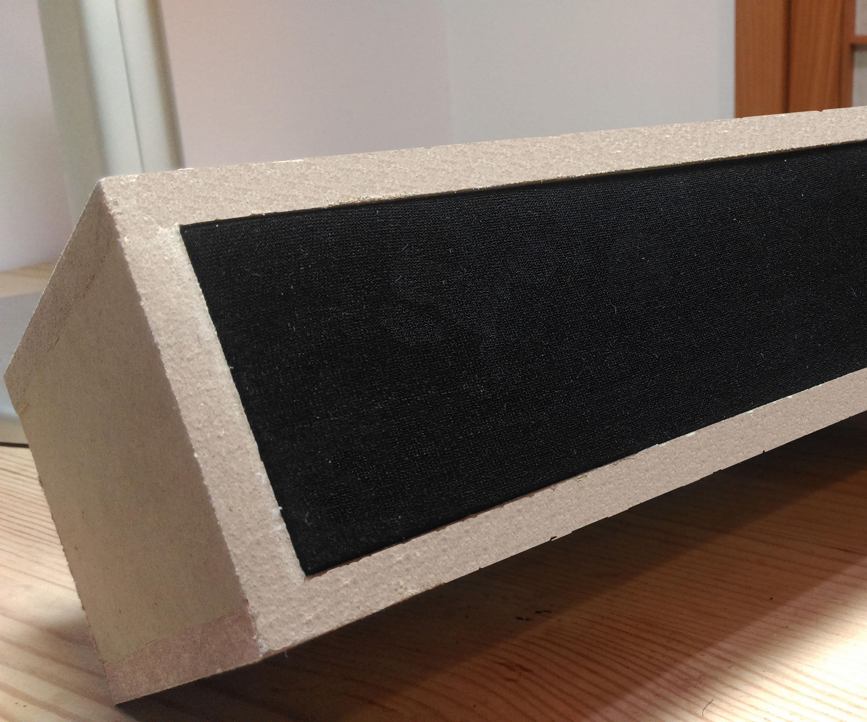 Bluetooth wooden speaker box