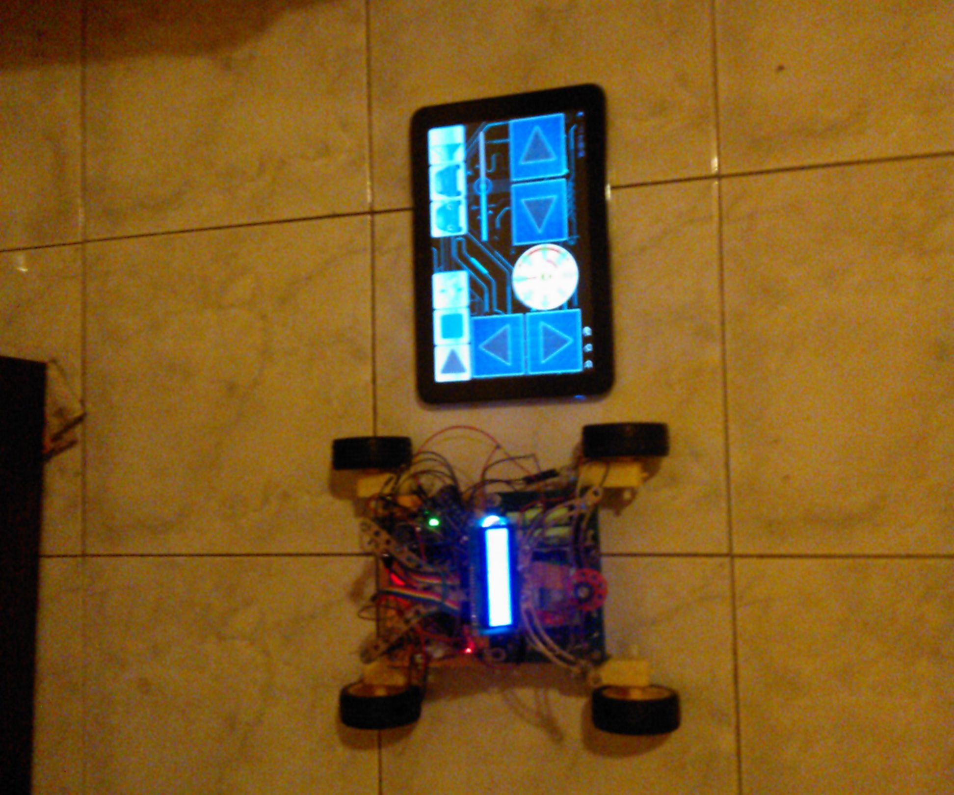Arduino Bluetooth RC Car With LCD
