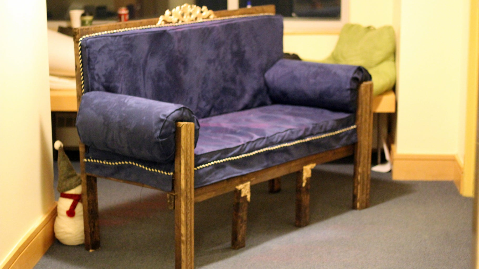 Second Empire Couches