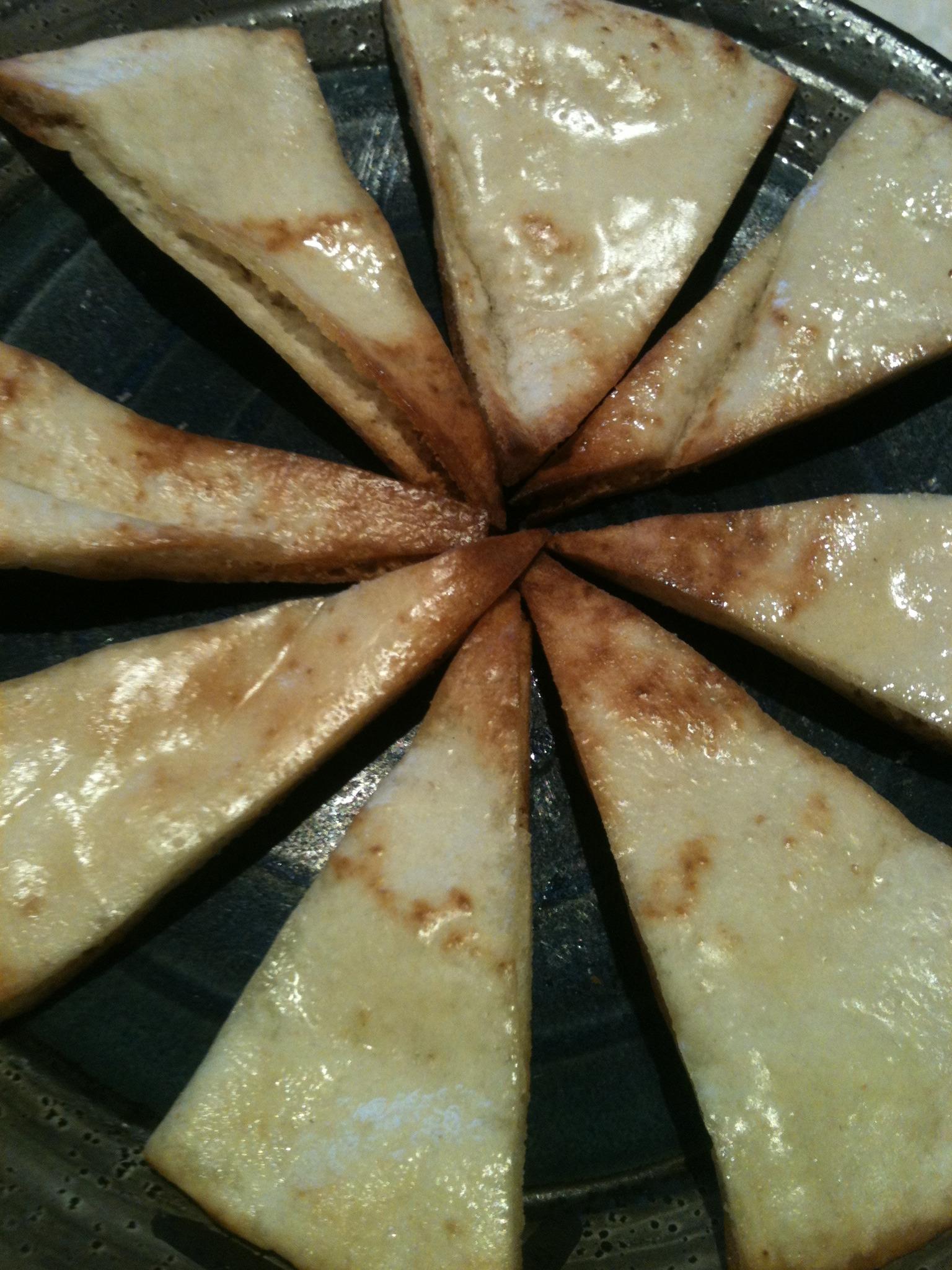Delicious Garlic Pita Chips
