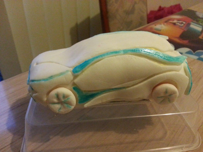 BMW I8 Birthday Cake