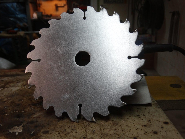 Preparing Saw Blade