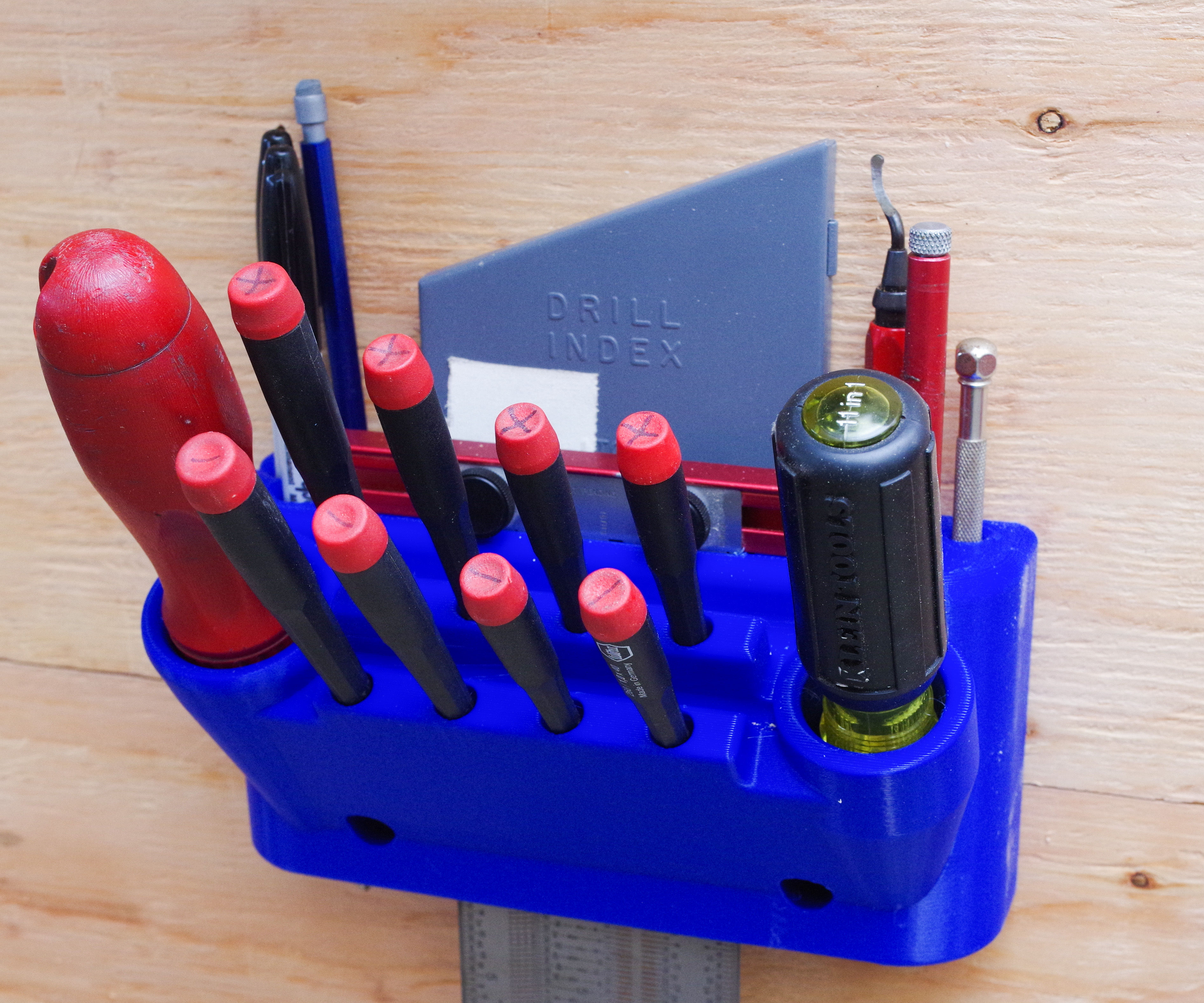 3D Printed Screwdriver, Drill Pen and Ruler Holder