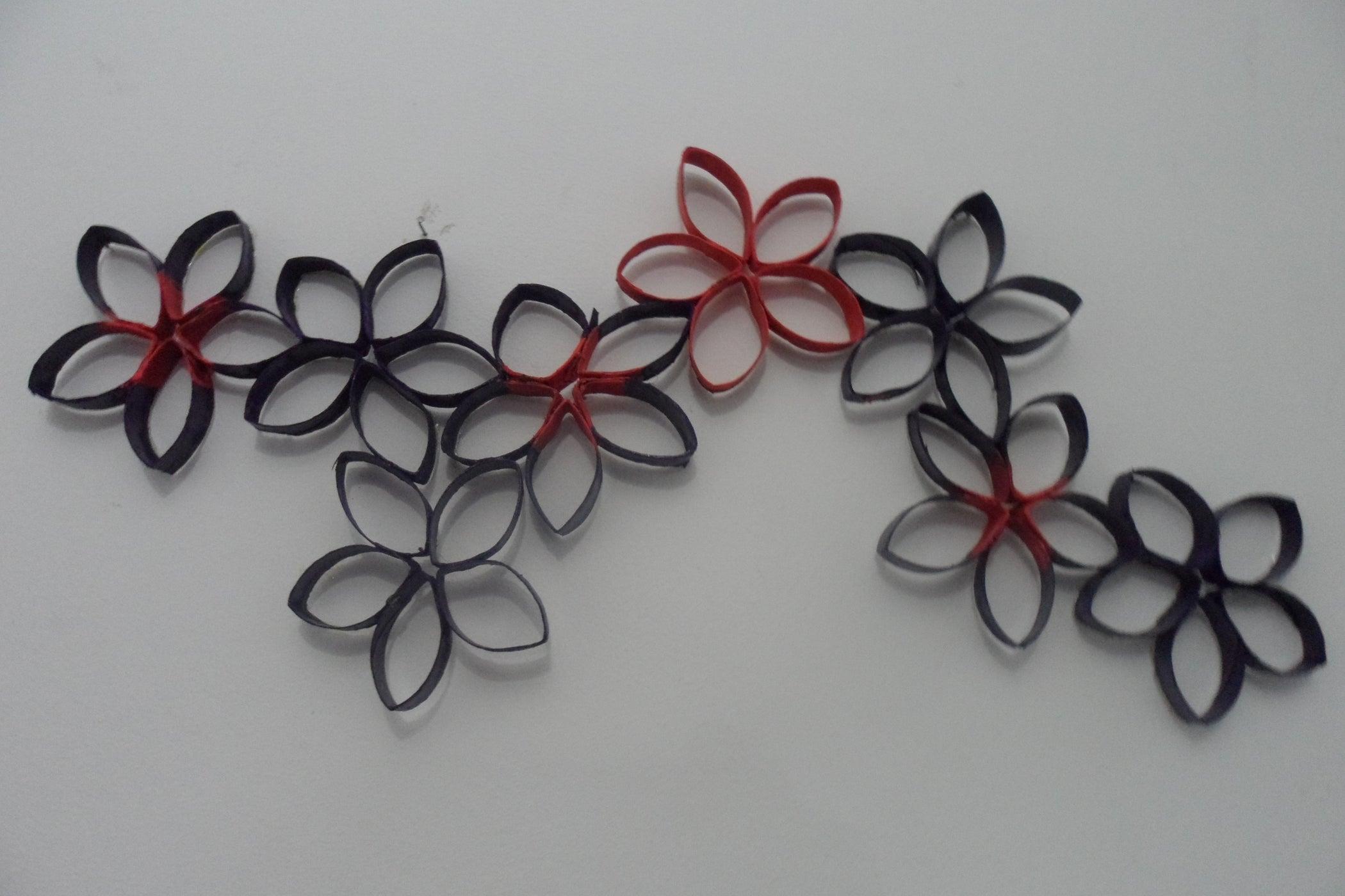 Purple Flowers From Toilet Paper Rolls : 4 Steps ...