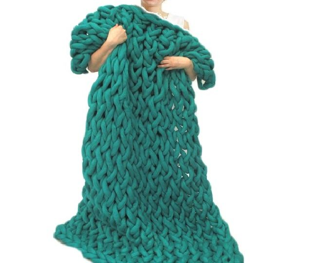Arm Knitting a Blanket for Beginners