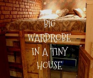 小房子里的大衣柜