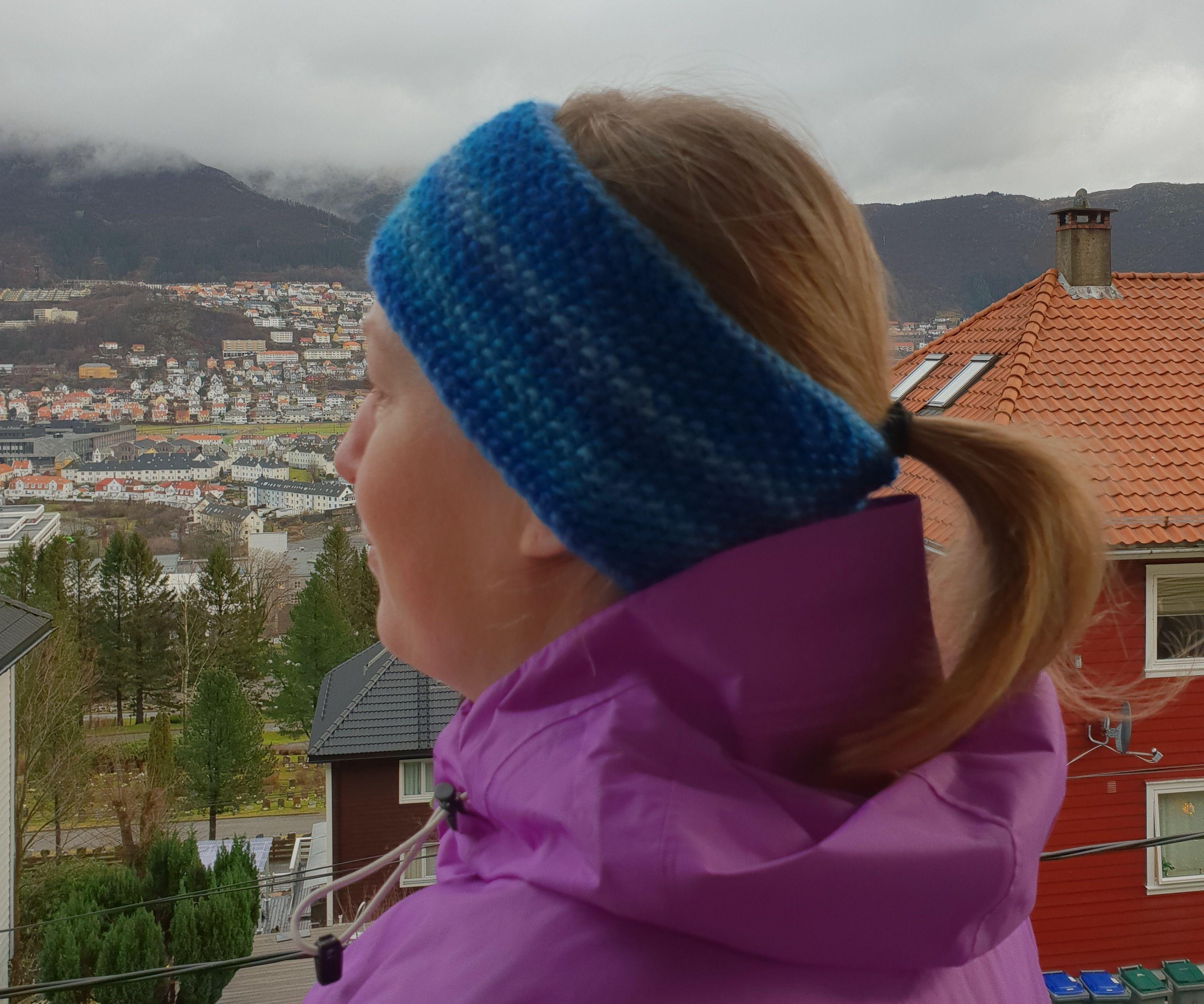 Cozy Headband Made From Leftover Yarn