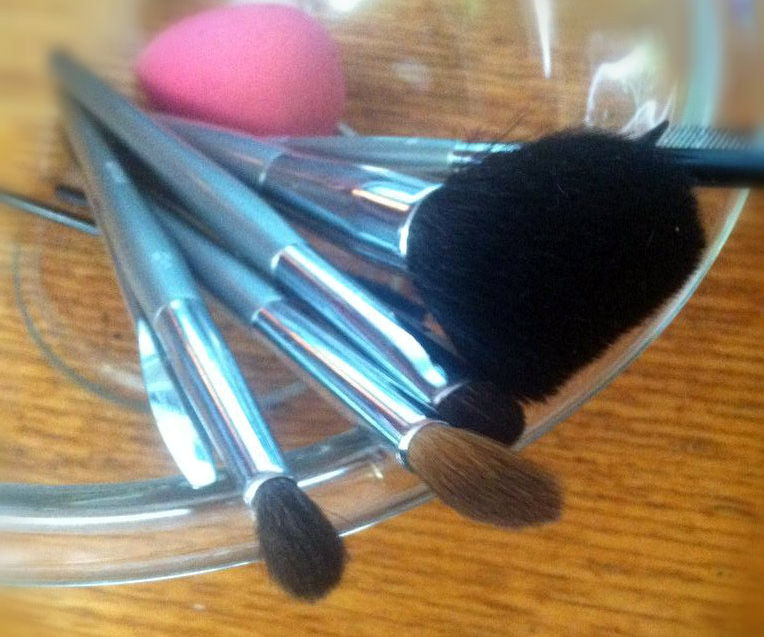 How to Take Care of Your Makeup Brushes So They Last Forever