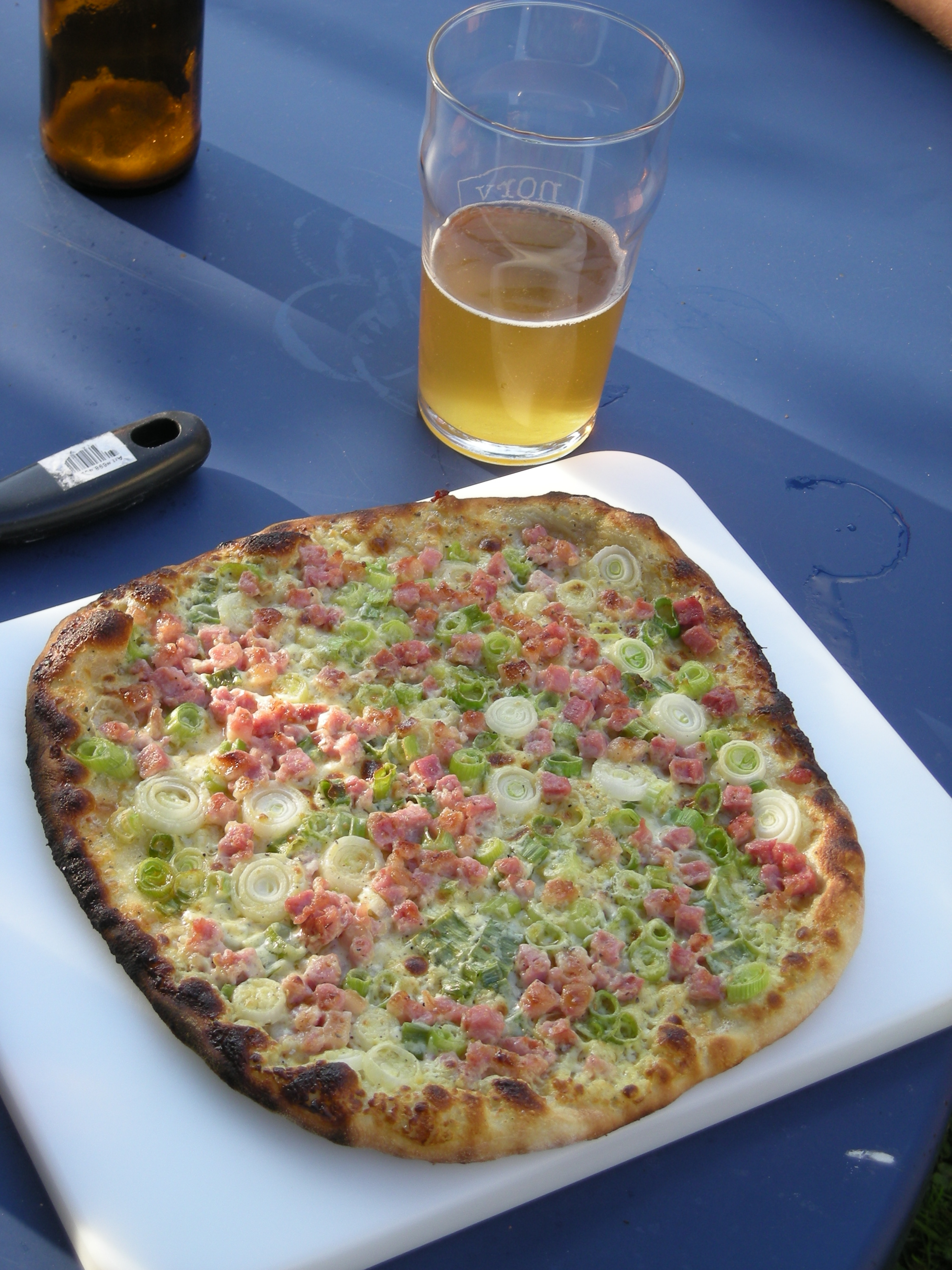 Flammkuchen - the other type of pizza