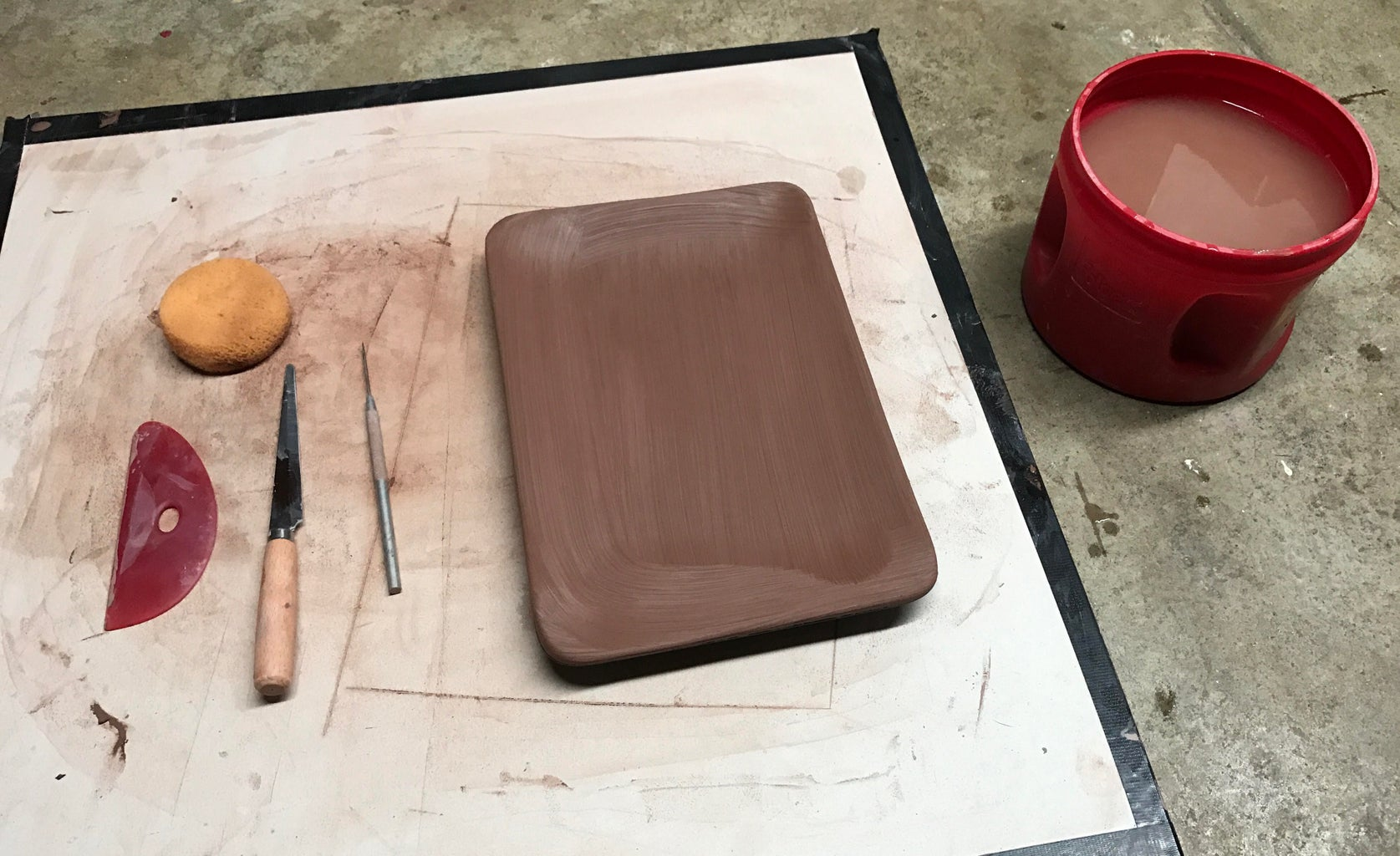 Create Desired Form From Your Slab of Clay