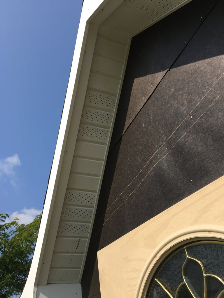 Installing the Soffits
