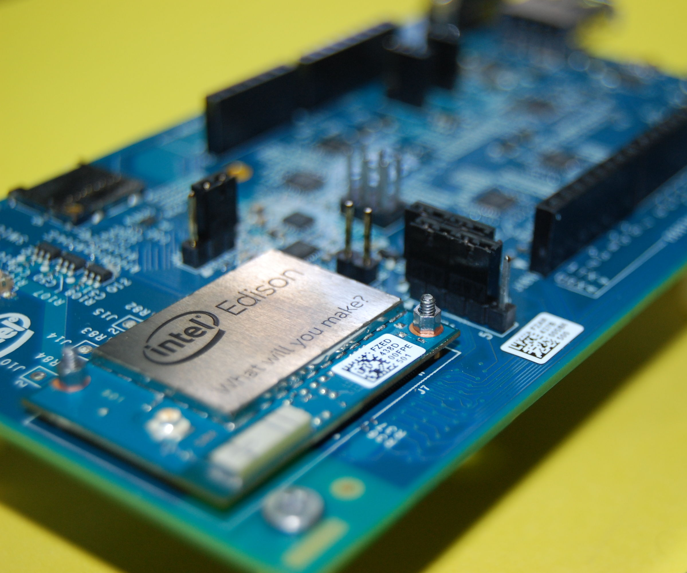 Fix an Intel Edison with a Corrupted Linux Image