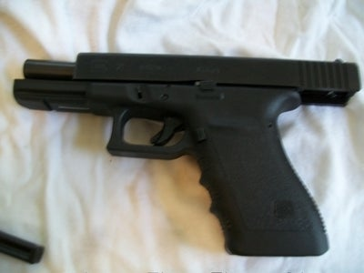 Assemble Pistol