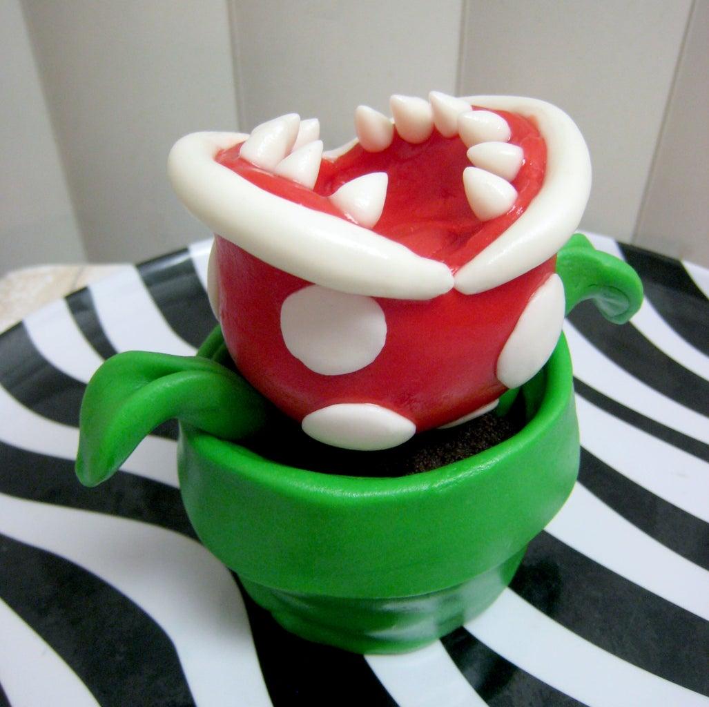 (Mario Bros) Piranha Plant Cupcake