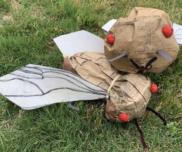 巨型蝉朋友使用纸午餐袋