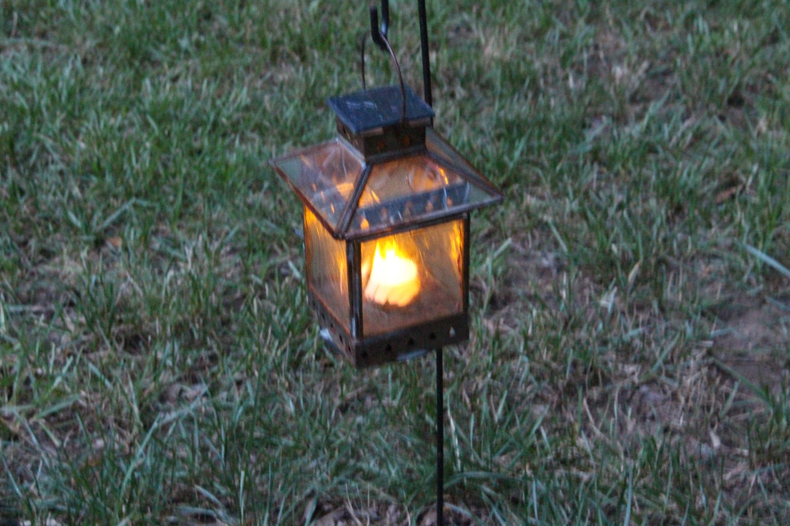 Converting Old Tea Light Lanterns Into Romantic Solar Garden Lights