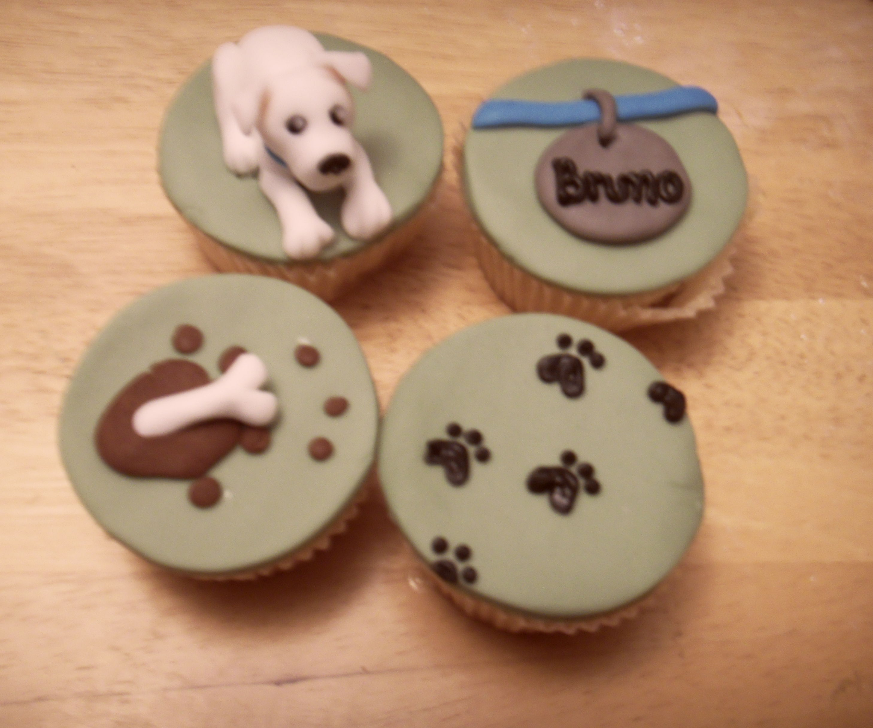 How much is that doggy in the window? Cute doggy themed cupcake tutorial
