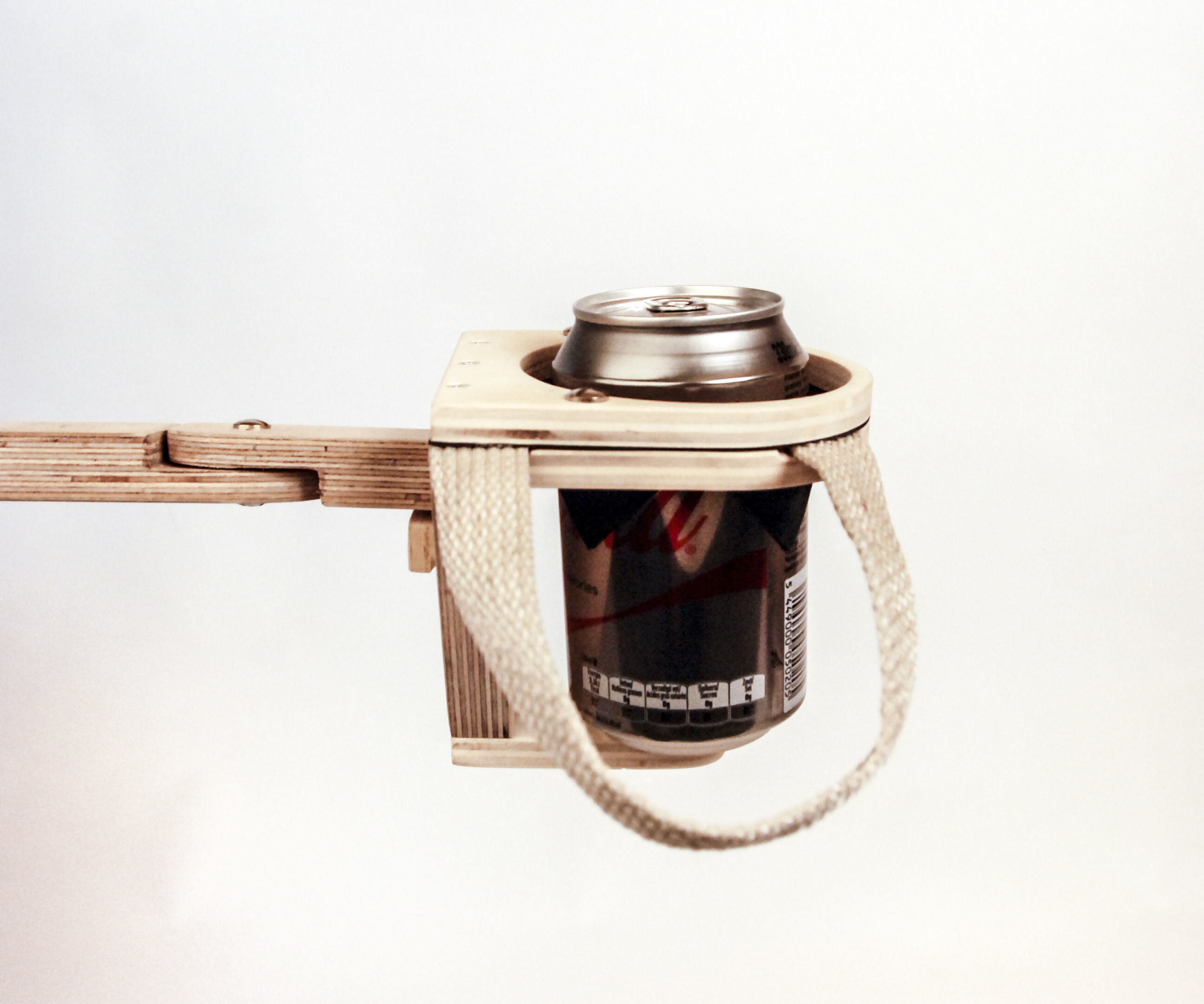 Adaptable drinking aid for people with disability