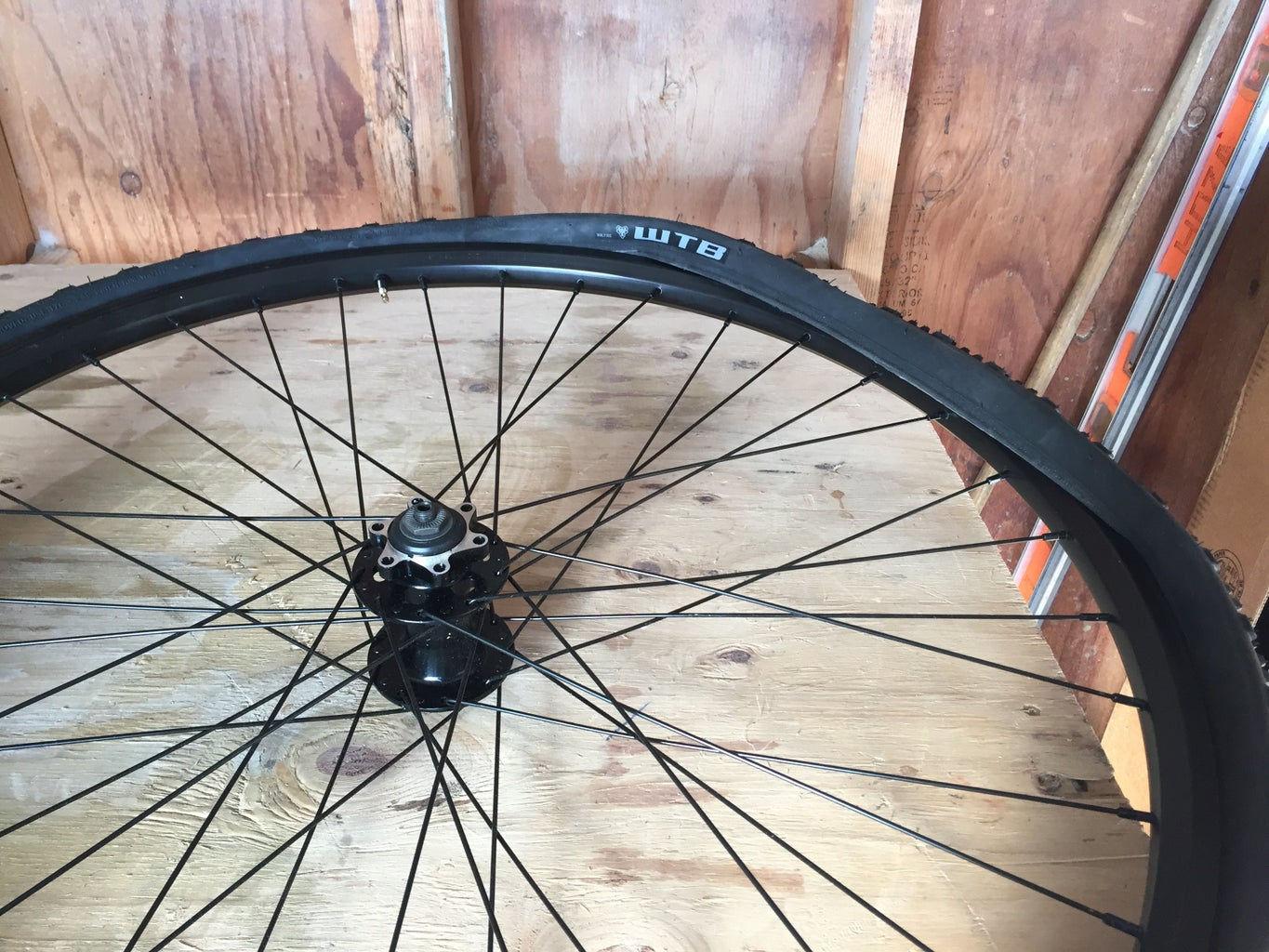 Assembly Part 1: Tubeless Tires