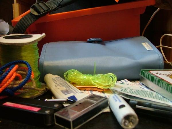 How to Make a Mini Survival Kit
