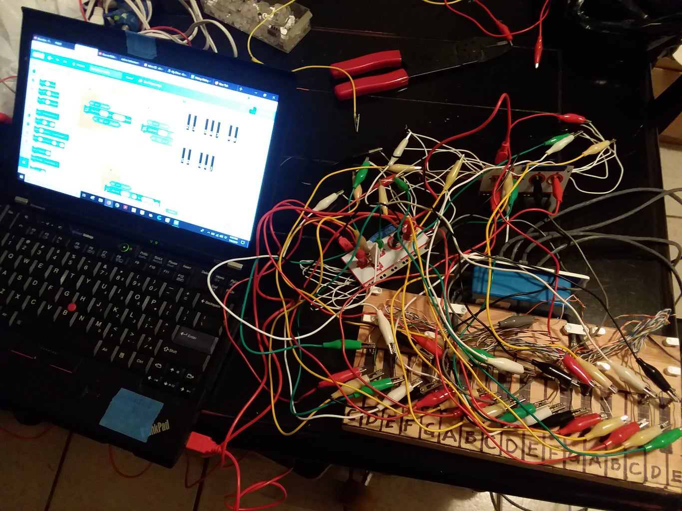 Connecting to the Makey Makeys