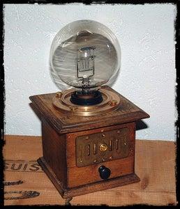 Steampunk Lamp: the Eye of Ra