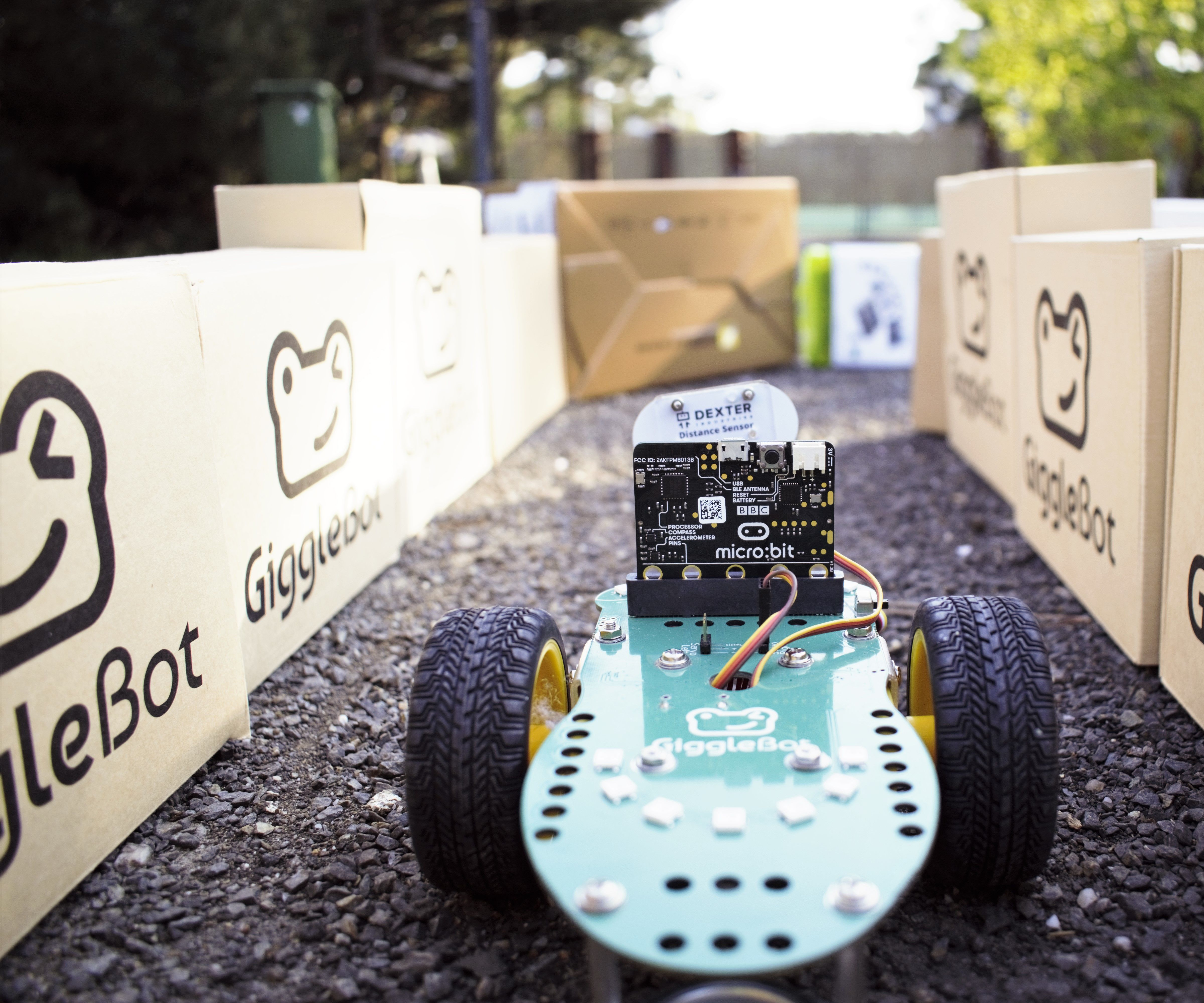 Make a Radar-Guided Robot With the GiggleBot