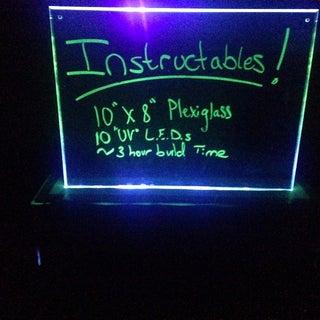 UV Nightlight / Bulletin Board