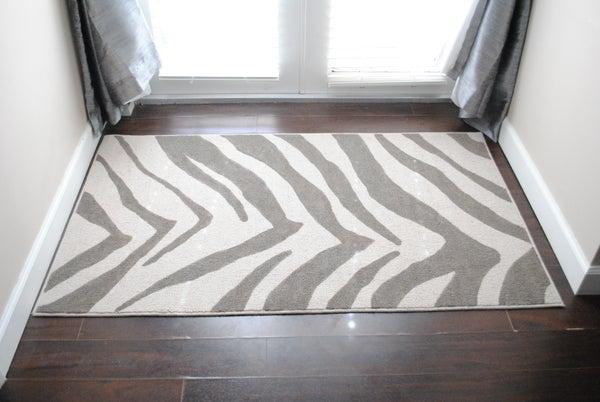 DIY Zebra Printed Rug