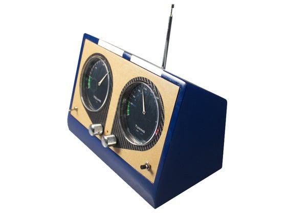 GTO Radio : Hacking a Radio for Nostalgic Motorists