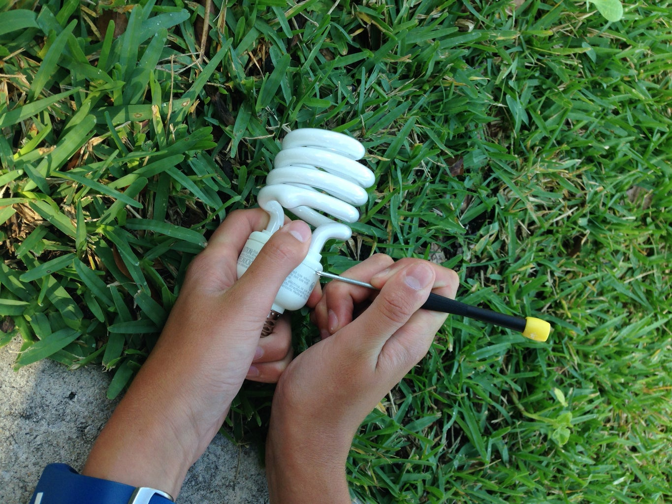 TAKING APART CFL BULB FOR PARTS