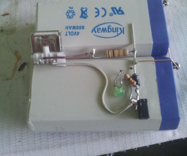 DIY power bank for mobile (Portable mobile charger)