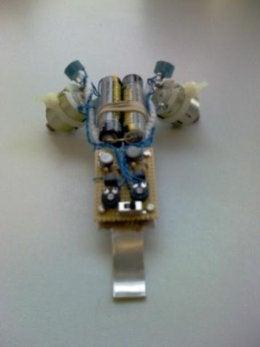 Simple Light Seeking Robot